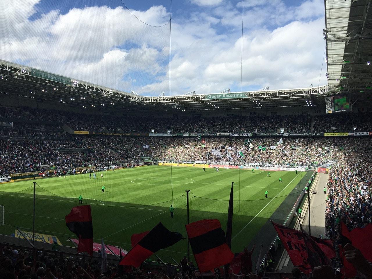 Borussia Mönchengladbach de retour à la 3e place grâce à un bon départ à Francfort