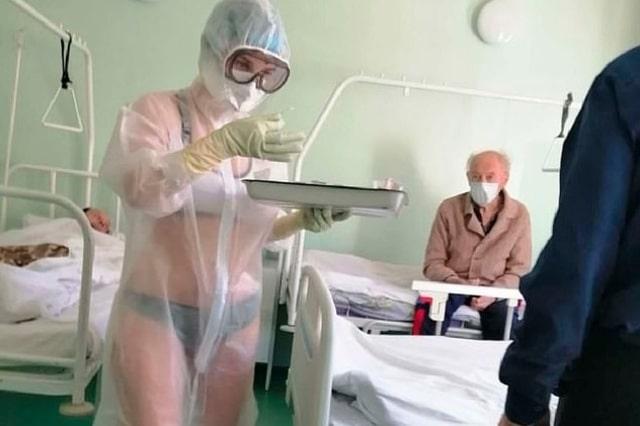 Infirmière Russe en bikini