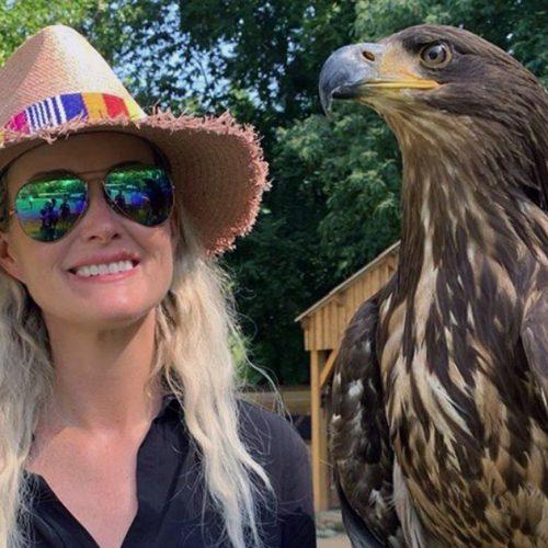 Laeticia Hallyday : elle possède maintenant un passeport américain !
