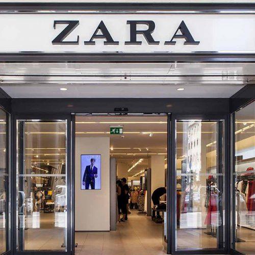 Zara : un nouveau pull top tendance fait fureur en ce moment, les clientes adorent !
