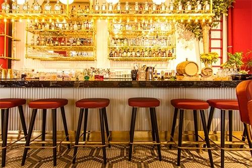 Bars et restaurants fermés