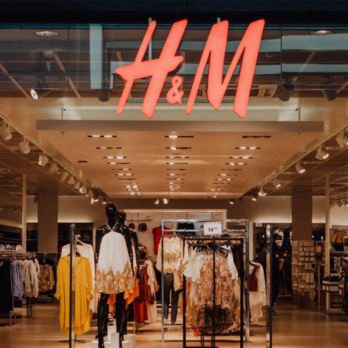 H&M : ce sweat en peluche que toutes les femmes veulent pour cet hiver !