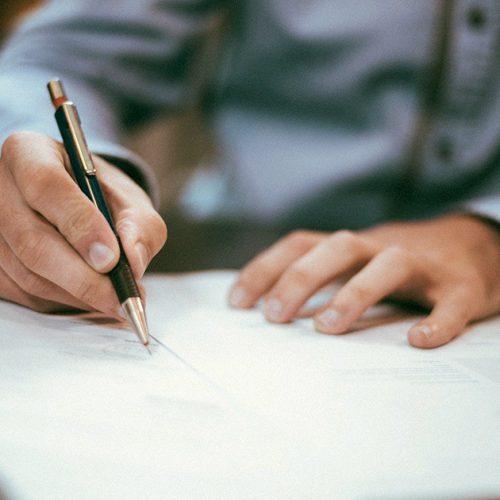 La traduction certifiée de documents : de quoi s'agit-il et quand est-elle utilisée?