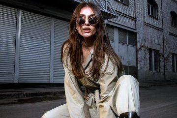 Zara : cette combinaison kaki à moins de 50 euros fait fureur !
