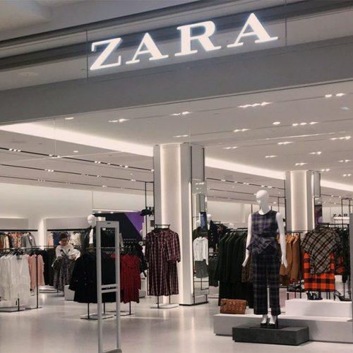 Zara : ce trench ultra tendance en simili cuir que toutes les femmes aimeraient !
