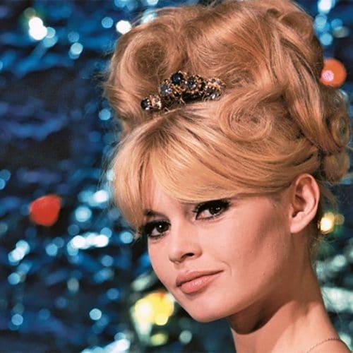 Brigitte Bardot : pourquoi on chignon des années 60 provoque un tel engouement ?