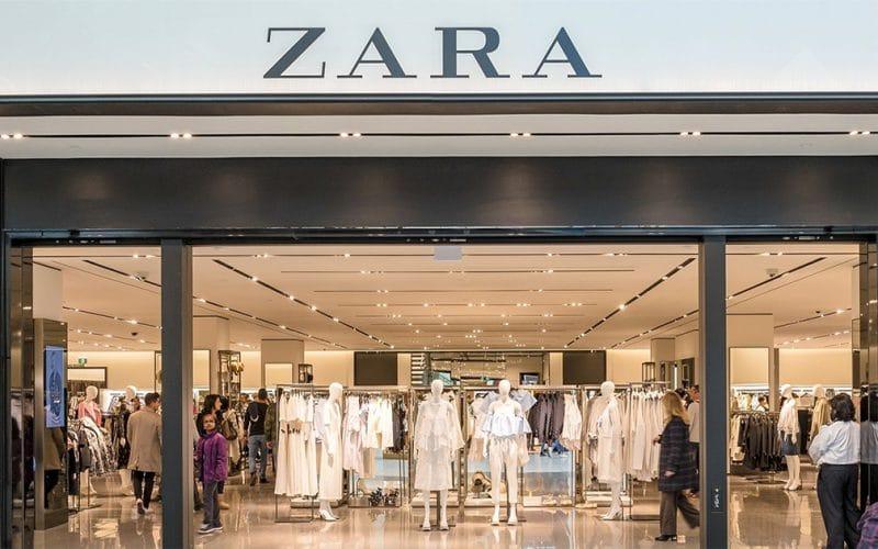 Zara - robe fendue en maille