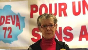 Sonia Hertz, vice-présidente de l'ADEVA 72 tire la sonnette d'alarme, les décès liés à l'amiante pourraient atteindre 1600 par ans d'ici 30 ans!
