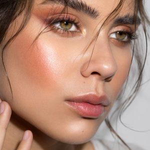 Astuce beauté : les nouveaux make-up des French Days incontournables cette saison!